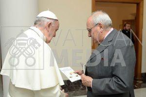 Pensieri_Nascosti_Libro al Papa_18 giugno 2019_html_816ca392dad0a5f